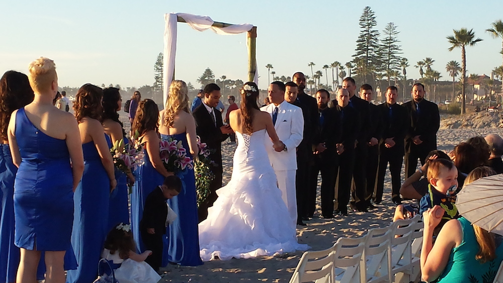 San Diego beach wedding at the Hotel Del Coronado